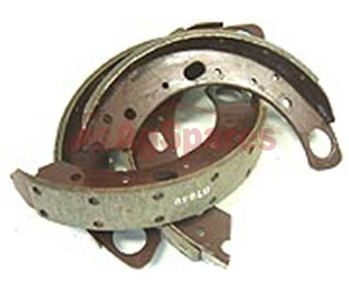 Brake Shoes Complete Set 51mm wide *