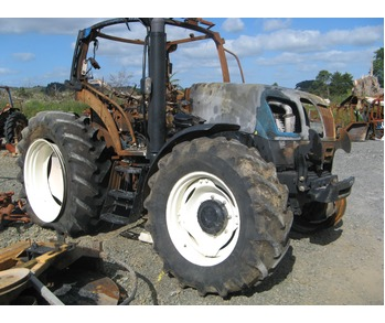 New Holland Tractor Dismantling