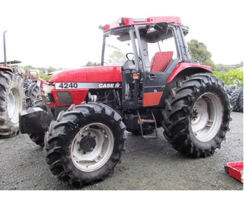 Case IH 4240 Dismantling for Parts